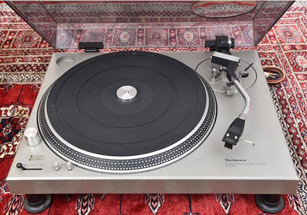 テクニクスターンテーブルSL-1200